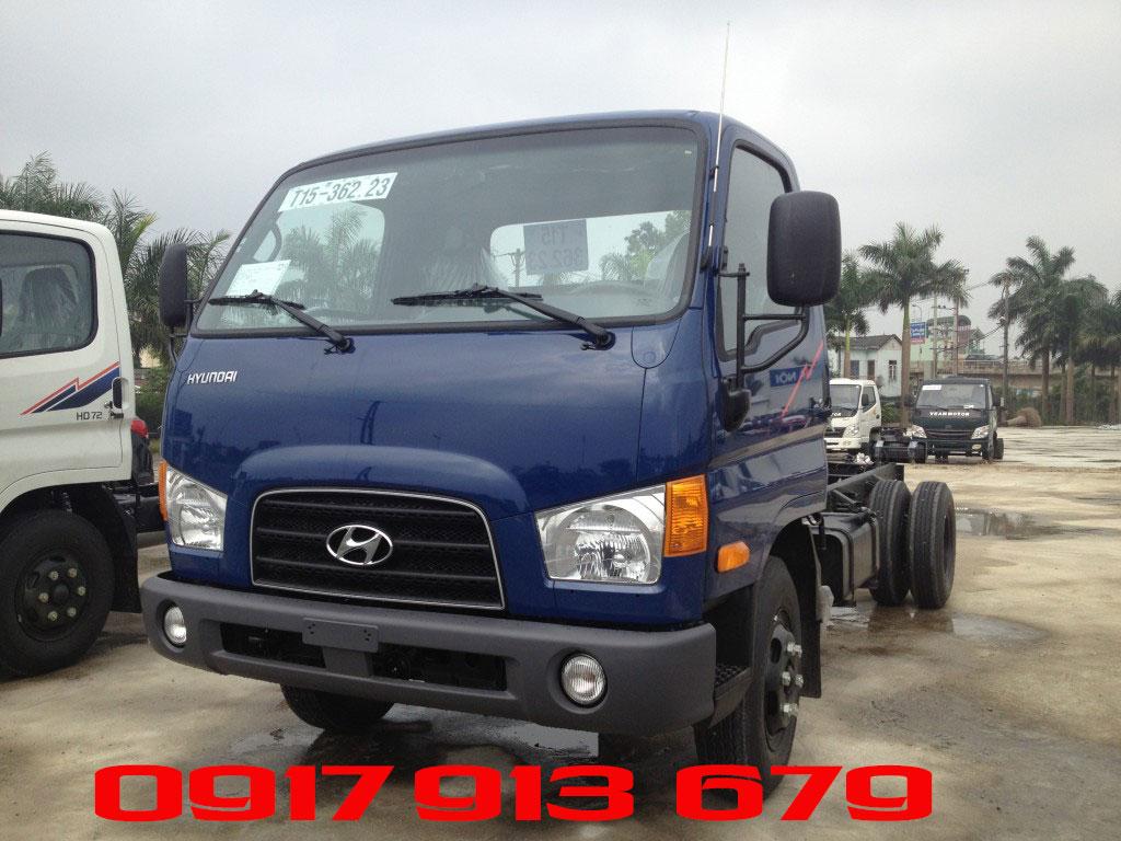 Hyundai HD72 màu xanh